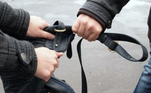 Выйдя из тюрьмы, двое крымчан не успели доехать домой, как снова совершили преступление
