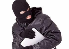 В Николаеве после празднования дня рождения у девушки украли ноутбук стоимостью почти 6 тыс. грн.