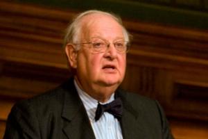 Нобелевскую премию за достижения в области экономики получил Ангус Дитон