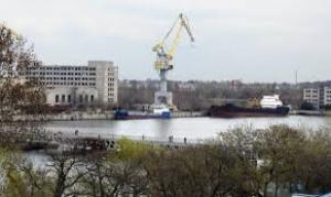 Суд обязал Новинского погасить долги по зарплате перед работниками завода