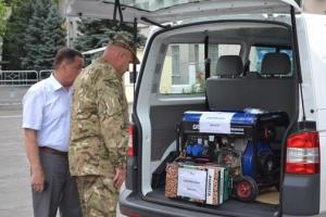 Бойцам 79-й Николаевской отдельной аэромобильной бригады передадут гуманитарный груз, дизель-генератор и бензопилу