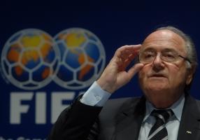 Глава ФИФА подал в отставку из-за коррупционного скандала