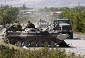 Россия продолжает снабжать террористов на востоке Украины военной техникой