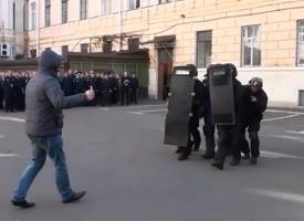 В одесской милиции появились бронегруппы для борьбы с террористами
