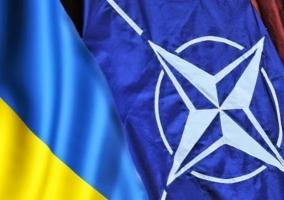 Украина отказывается от внеблоковости и может вступить в НАТО