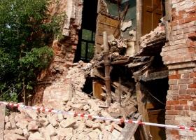 В Херсонской области в аварийном здании погиб ребенок