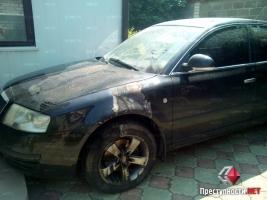 Ночью в Николаеве подожгли два автомобиля волонтёров помогающих украинской армии