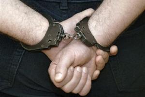 Николаевец с гранатой и двумя пистолетами удерживал у себя в квартире заложницу