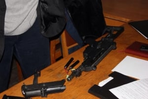 В здание Херсонской ОГА пытались пронести оружие (ФОТО)
