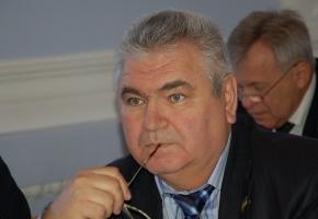 Фирма «Никдорсервис», которая принадлежит коммунальщику и депутату Валерию Положенко, выиграла тендер по уборке дорог в Корабельном районе