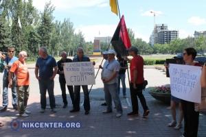 В Николаеве сносом незаконного сооружения Пелипаса на остановке «Автовокзал» занялись общественники