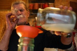 Жительницу Одесской области, выколовшую глаз самогонщику, приговорили к лишению свободы