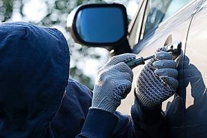 Николаевец похитил и продал автомобиль своего работодателя