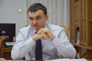 Мериков отстранил от работы своего первого зама, подозреваемого во взяточничестве
