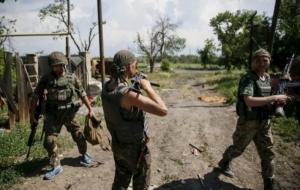 Утром сепаратисты обстреляли Марьинку и Широкино