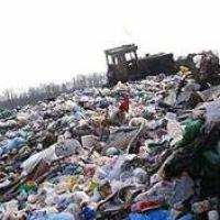 На уборку свалок в Центральном районе Николаева скандальной фирме дадут еще 2,5 млн. грн.