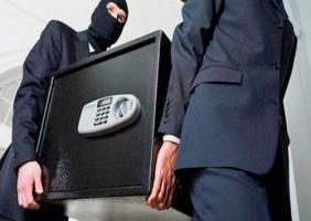 В Херсонской области воры похитили ценные документы вместе с сейфом