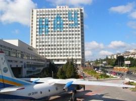 Соратника Табачника уволили с Национального авиационного университета