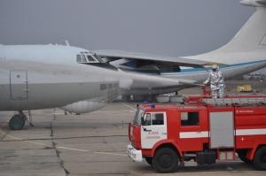 В николаевском аэропорту состоялись масштабные учения с участием МЧС, МВД, СБУ и служб специального назначения