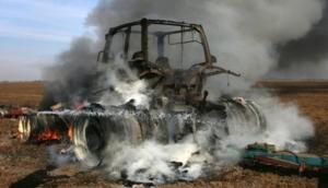 В Донецкой области подорвался трактор, есть жертвы