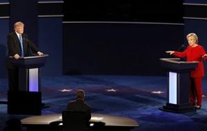 Хиллари Клинтон победила в первом туре президентских дебатов в США