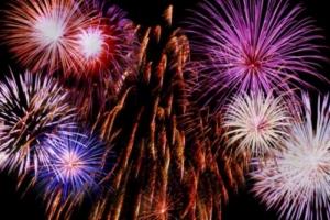 Херсонцы, несмотря на запрет, намерены встречать Новый год с фейерверками