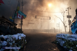 Хроника вчерашних боев в Киеве - в объективе николаевского фотожурналиста
