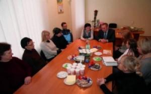 Глава Херсонской ОГА поздравил с Международным женским днем вдов и матерей воинов, погибших в АТО