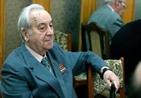 Ушел из жизни старейший николаевский журналист Борис Аров