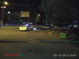 В центре Корабельного районе Николаева неизвестные устроили разборки со стрельбой. Ранены двое полицейских (ФОТО, ВИДЕО)
