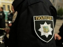 В центре Николаева неизвестные похитили парня, вывезли на пустырь и обокрали
