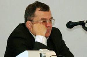 Владимир Коренюгин уже начинает агитировать за Игоря Дятлова, как мэра Николаева. Говорит - слишком стар, чтобы быть градоначальником