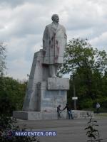 Одесская мэрия обещает аккуратно перенести последний памятник Ленину в этнографический музей