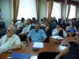Свободовцы и профком требуют уволить директора Николаевского аэропорта