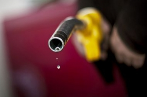 Антимонопольный комитет проверит обоснованность цен на бензин на украинских АЗС в связи с падением цены на нефть