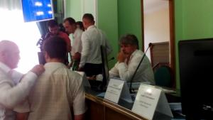 Мятежные депутаты херсонского облсовета решили провести альтернативную сессию