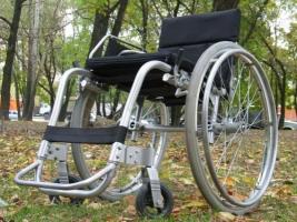 Шотландцы помогут николаевским инвалидам колясками