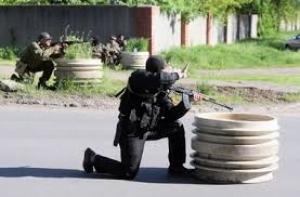 Спецбатальон «Азов» захватил один из блокпостов террористов