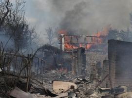 В Луганской области под обстрелами погибли трое мирных жителей, ранены двое детей