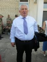 Петр Порошенко лично передал десантникам 79-й аэромобильной бригады ключи от бронированной медицинской машины