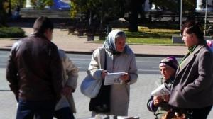 В самопровозглашенных ДНР и ЛНР жители собираются выйти на митинги с требованием выплатить пенсии и раздать «гуманитарку»