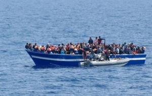 У берегов Турции перевернулась лодка с мигрантами, 14 человек погибли