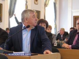 Депутаты Николаевского горсовета со скандалом передали часть территории Бугского лимана предприятию Фирташа