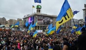 Революция день третий: протестующие блокируют Кабмин и Верховную Раду