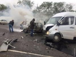 В Одесской области в автобус с футболистами врезалась легковушка. Один человек погиб