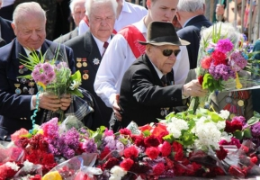 Стал известен предварительный план праздничных мероприятий в Херсоне на 8-9 мая