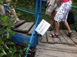 В одесской мэрии не торопятся ремонтировать лестницы к пляжам