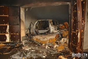 Криминальная группировка в Николаеве поджигает автомобили влиятельных людей