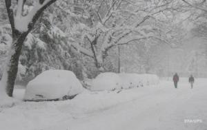 Мэр Николаева напомнил предпринимателям, что они обязаны убирать снег возле их заведений