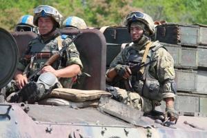 Советник Авакова посчитал, сколько денег нужно для украинской контрактной армии